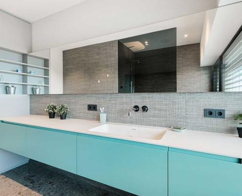 Tischlerei Thaller Badezimmer in blau